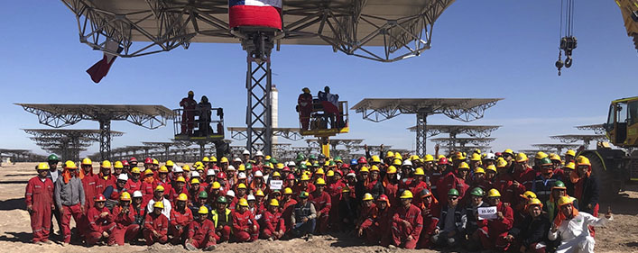 ACCIONA and Abengoa complete the manufacture and assembly of the last Cerro Dominador heliostat